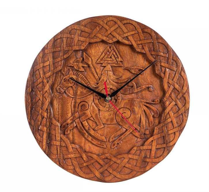 Uhr Odin auf Sleipnir